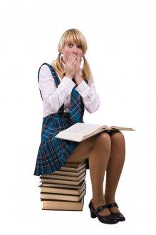 小麦肤色且腿粗高中生怎么搭配衣服 高中女生穿搭攻略
