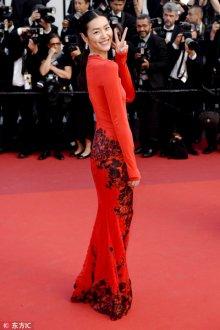 女人穿红色真的很俗气吗?