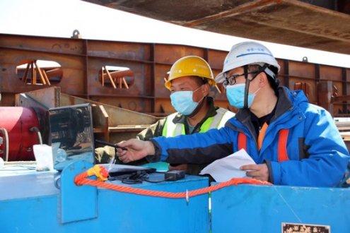 巴彦淖尔路改造提升工程顶推施工正式启动